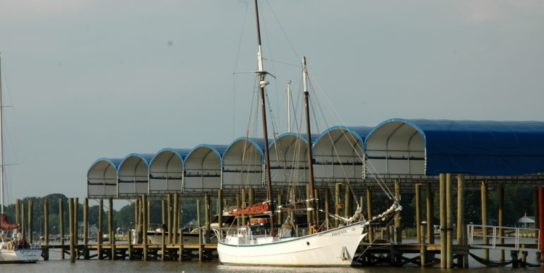 7691750_A_Dock_Sailboat