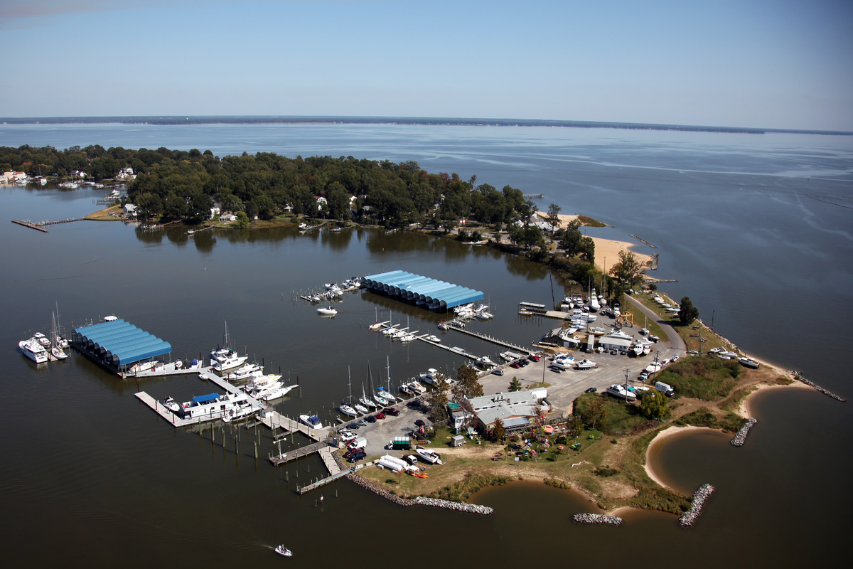 Colonial Beach Yacht Center – Marina